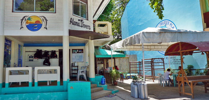 Alona Divers at Alona Beach in Panglao