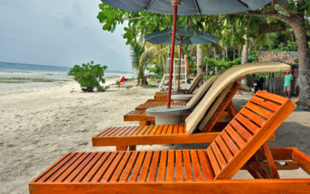 Amarela Resort Beach Beds