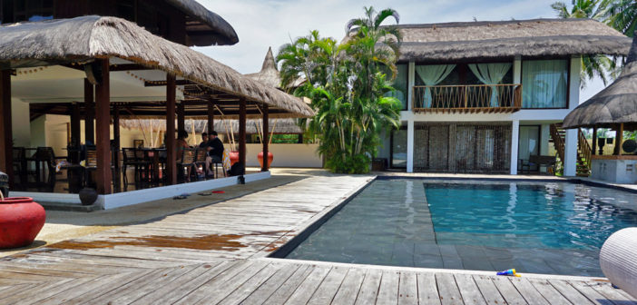 Ananyana Beach Resort Pool Restaurant