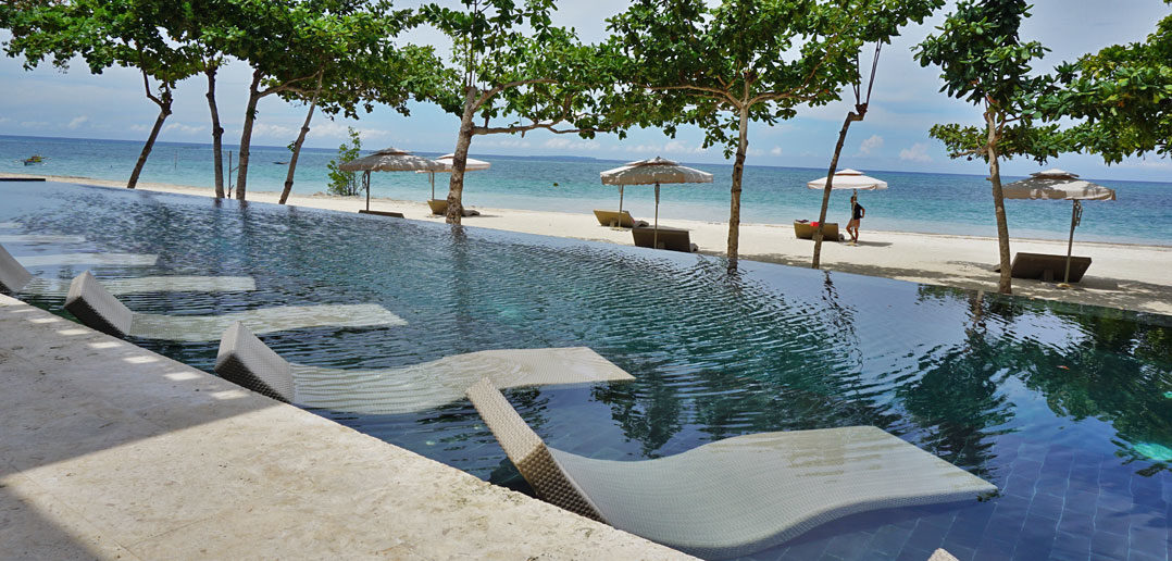 Infinity Pool in Astoria Bohol