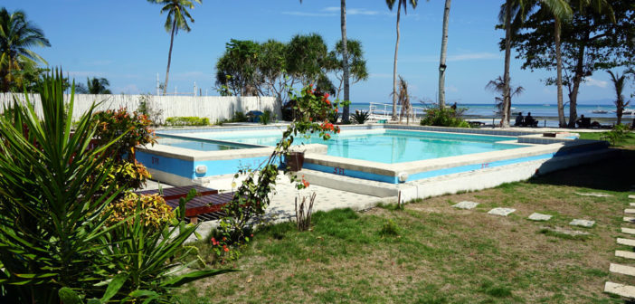 Deepblue Dive Resort - Swimming pool