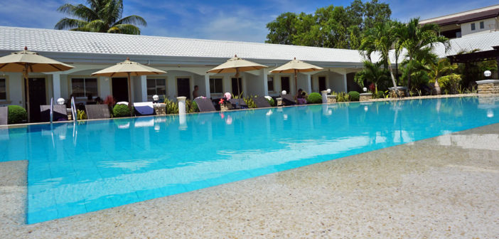 Swimming pool Panglao Regents Park Resort