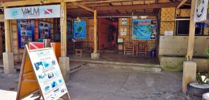 Valm Dive Service on Alona Beach in Panglao